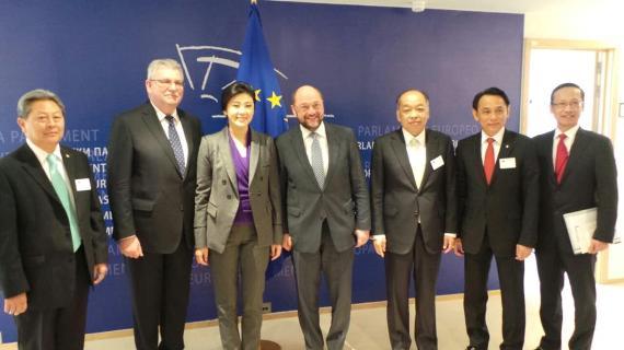y-MR Martin Schulz