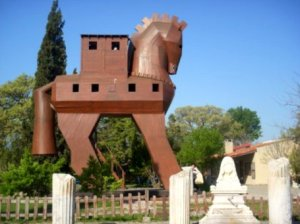 horse-at-troy