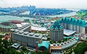 Resorts-World-Sentosa Singapore1