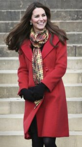 kate-middleton-red-coat-Armani-tartan-scarf-scotland