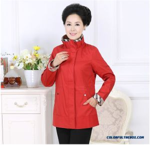 Fashion-Coat-50-year-