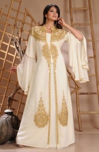 2015-Robe-De-Dubai-White-Chiffon-Muslim-Evening-Dress-Gold-Beaded-Arabic-Dress-Long-Sleeve-Kaftan